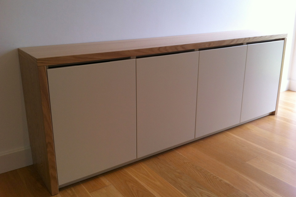 Living Room_Storage_Cabinet_Contemporary